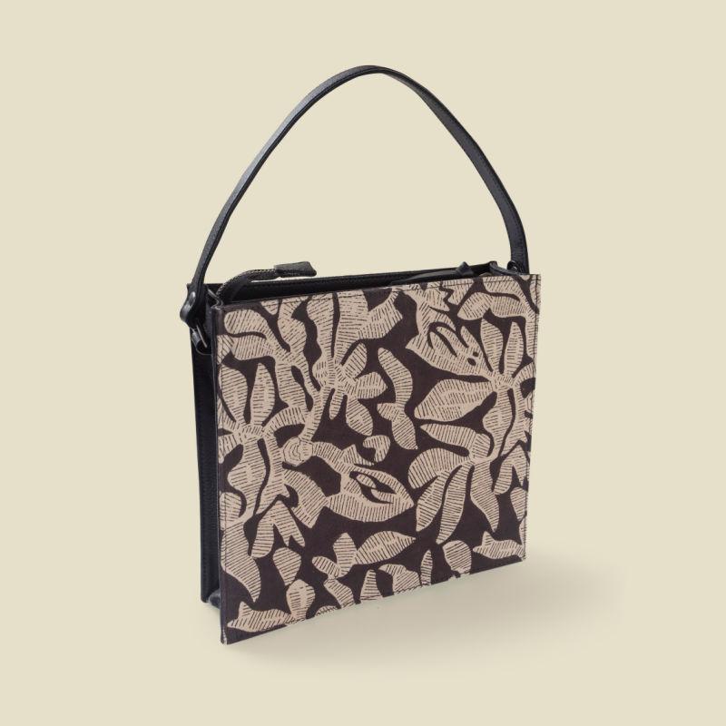Elite square box sling bag