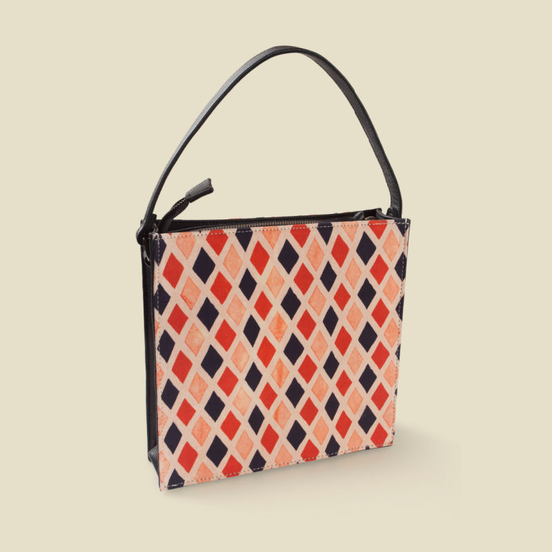 Diamond square box sling bag