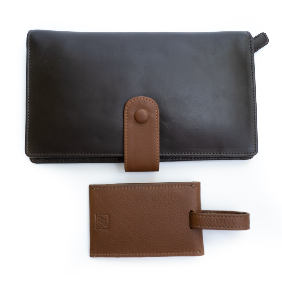 Classic travel Wallet w/ Luggage Tag